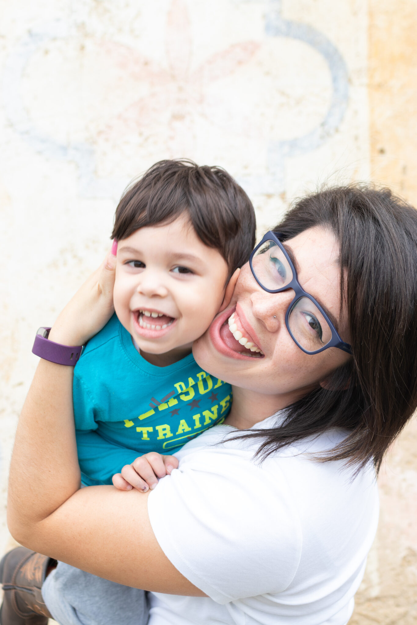 Being a mom while growing a business by Paty Araujo Photography.